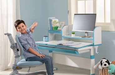 Tips for buying the right study table for kids